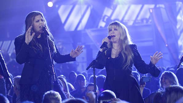 When Stevie Nicks and Lady Antebellum got together.
