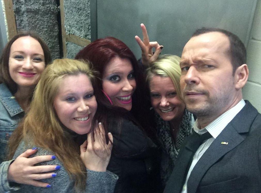 Donnie's Set Selfie with Fans