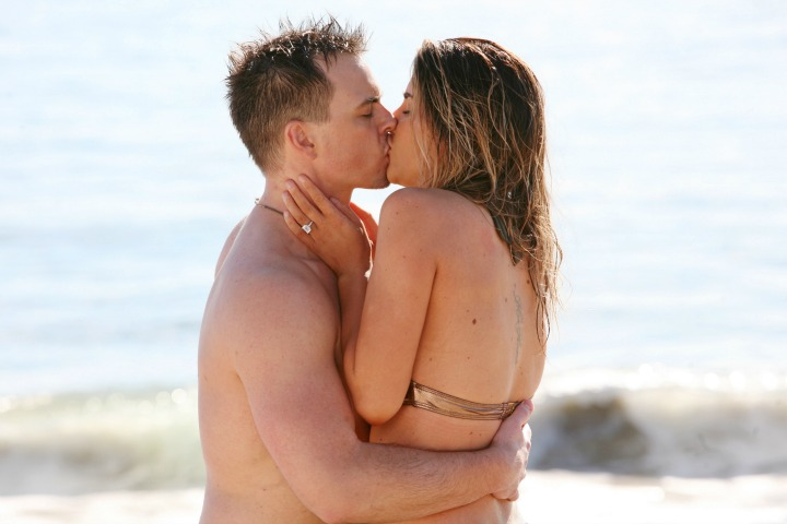 Things heat up on the beach between Steffy and Wyatt.