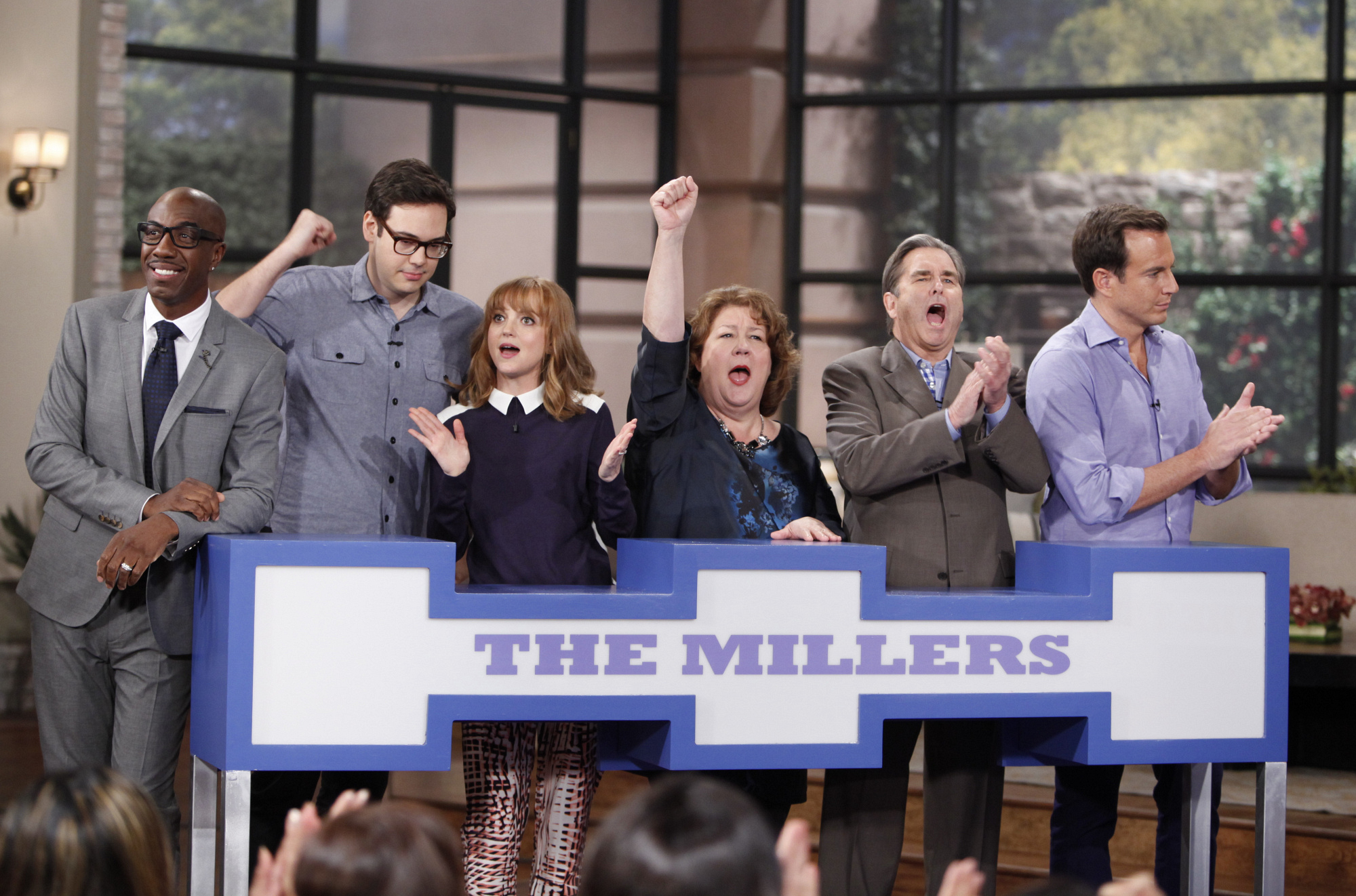 6. JB Smoove, Nelson Franklin, Jayma Mays, Margo Martindale, Beau Bridges and Will Arnett - The Millers