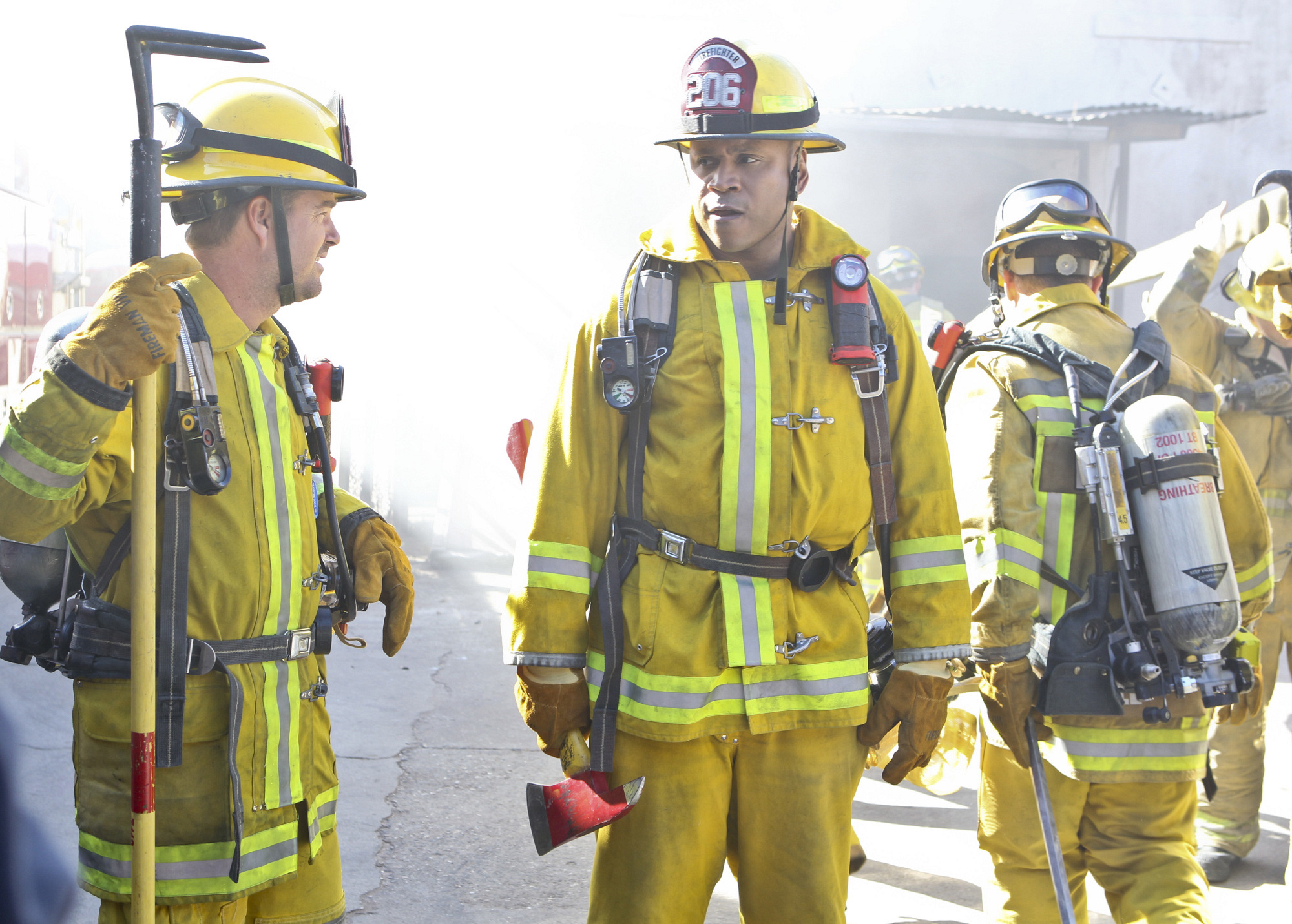 Chris O'Donnell as Special Agent G. Callen and LL COOL J as Special Agent Sam Hanna