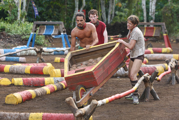 "Ozzy and Dawn During Immunity/Reward Challenge ""Losing Face"""