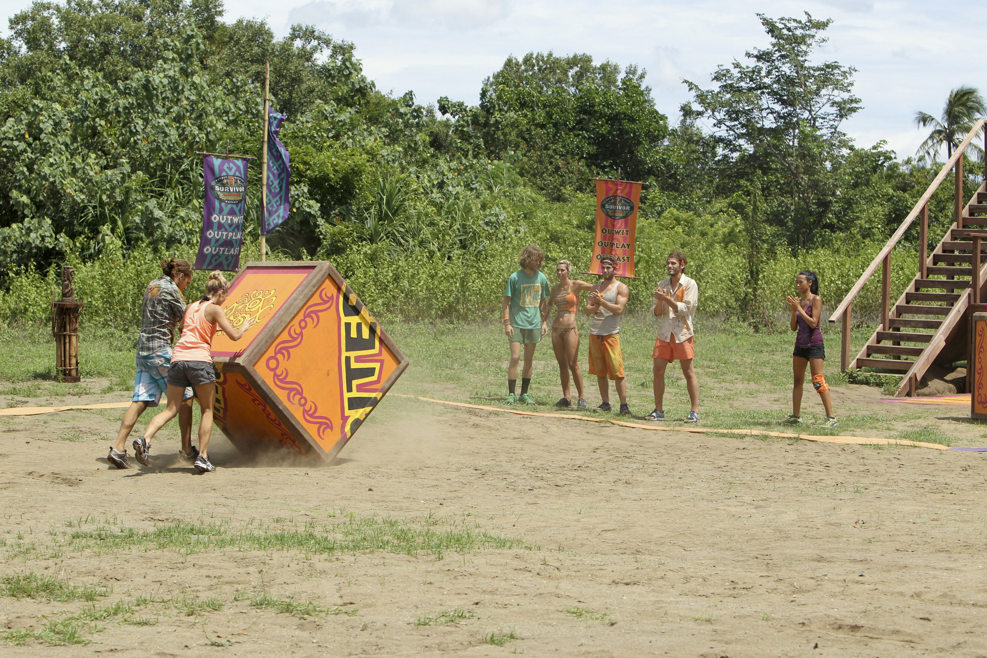 "Andrea and Malcolm compete in ""Operation Thunder Dome"" Episode 6 of Season 26"