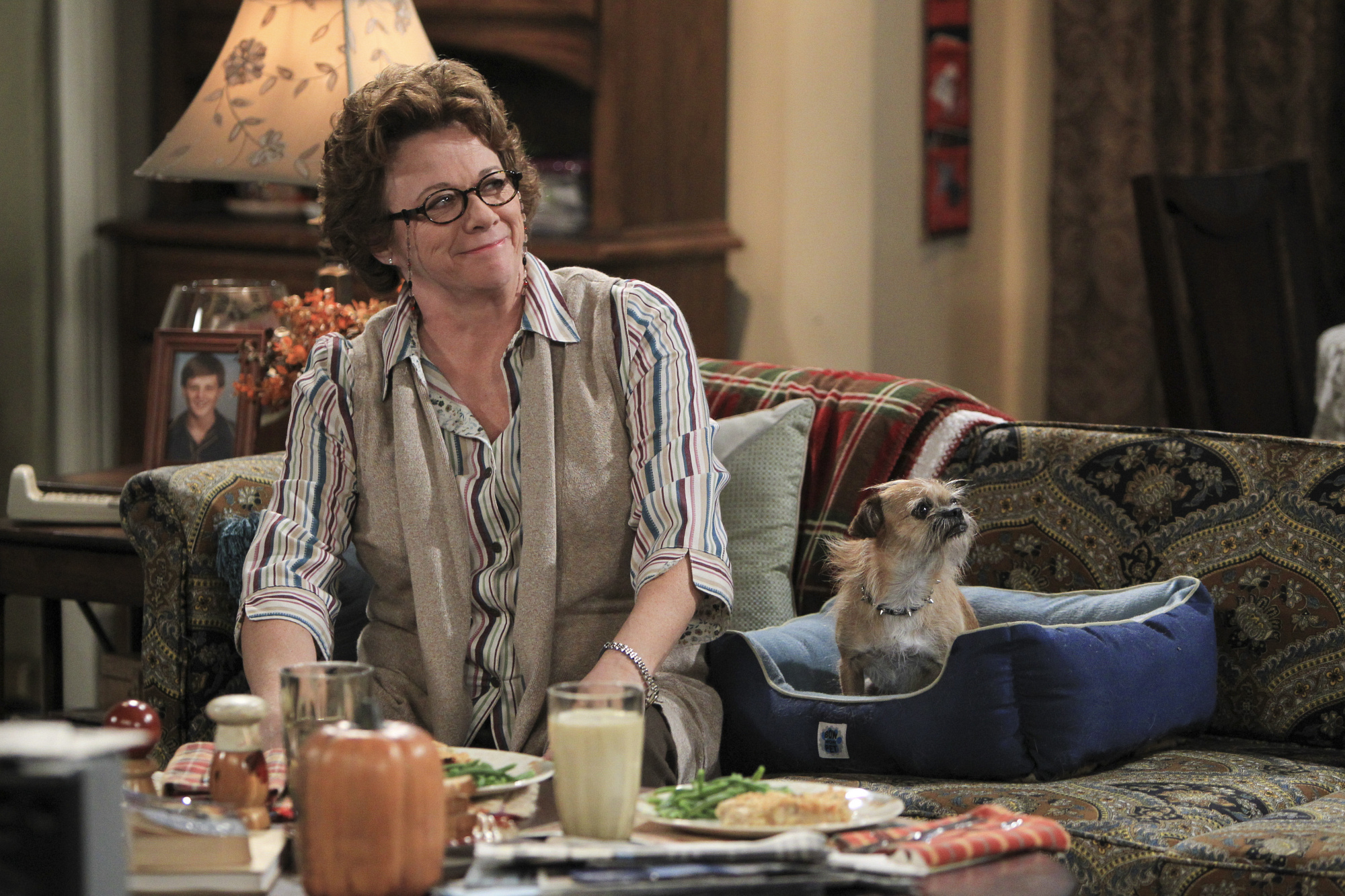 1. Peggy & Jim - Mike & Molly