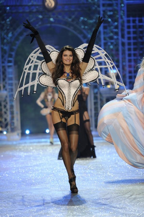 Isabeli Fontana - 2012 Highlights
