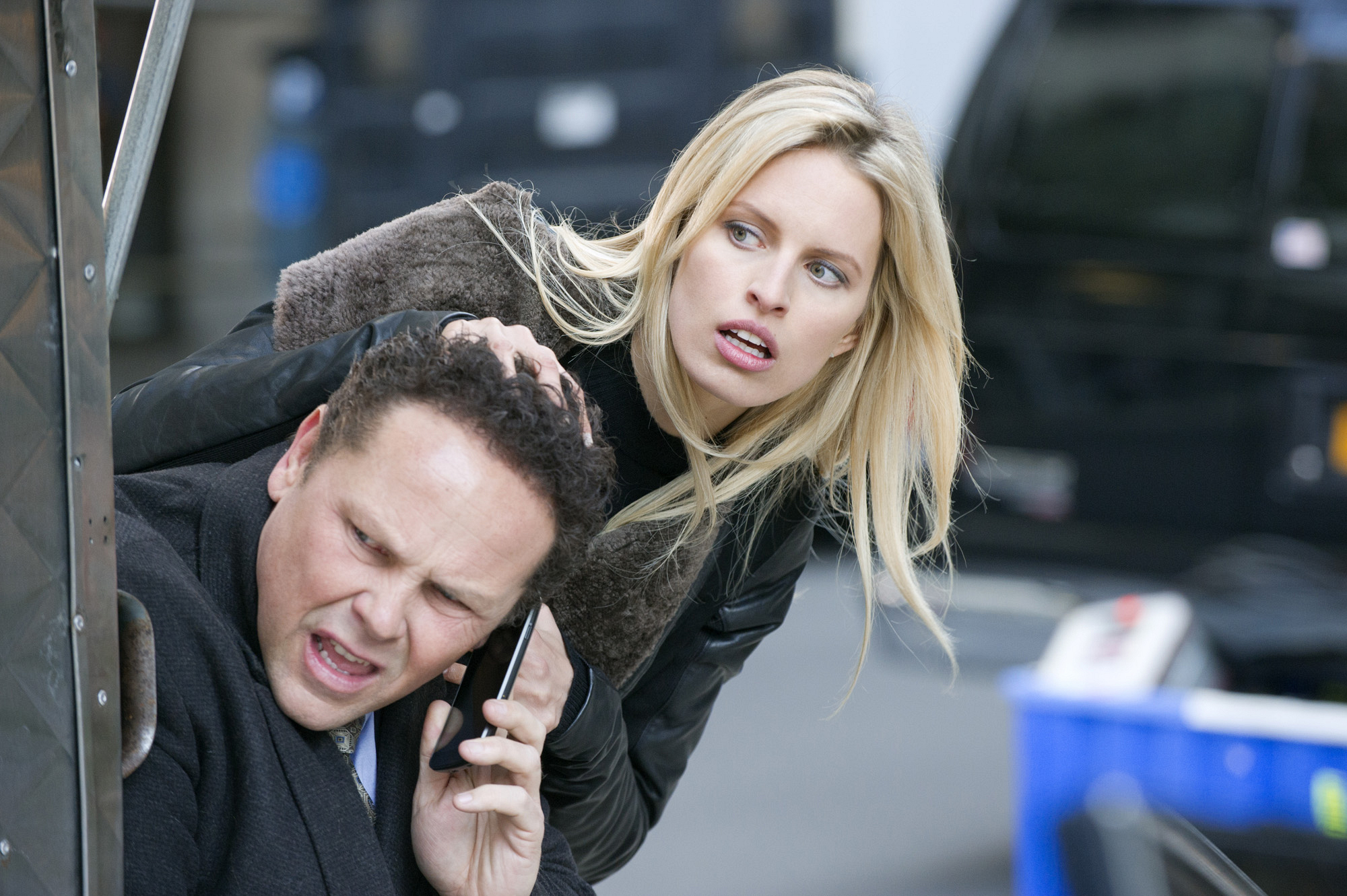 Detective Fusco is Forced to Protect a Supermodel