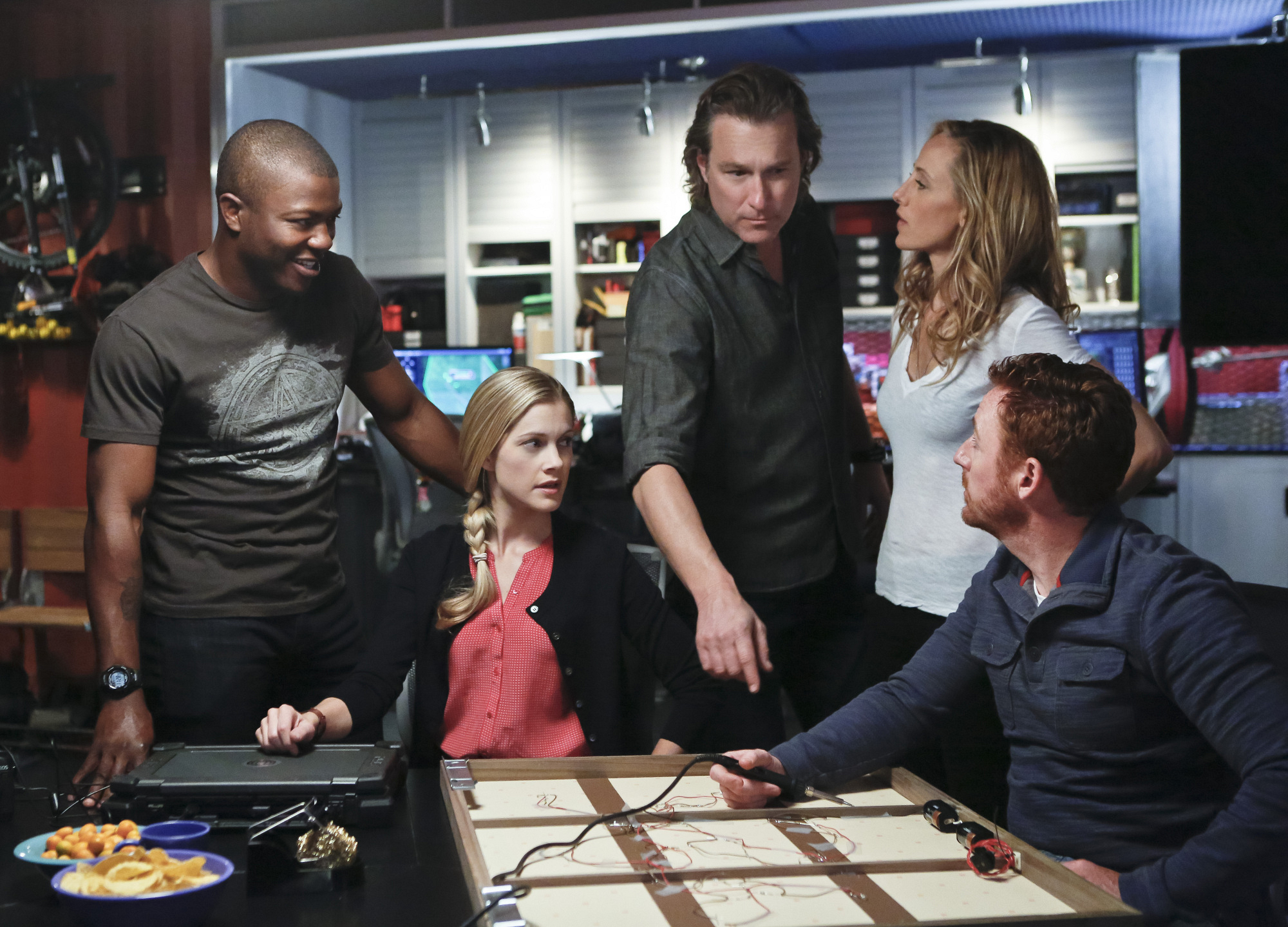 """Taking Charge in """"Red: Part Two"""" Episode 19 of Season 4"""