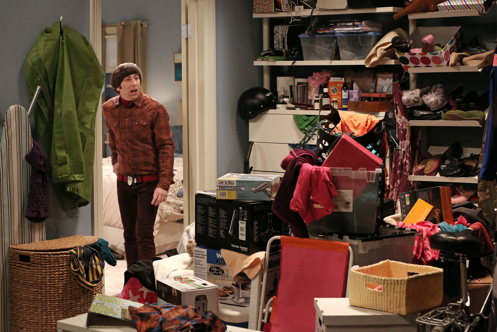 "Closet chaos in ""The Closet Reconfiguration"" Episode 19 of Season 6"