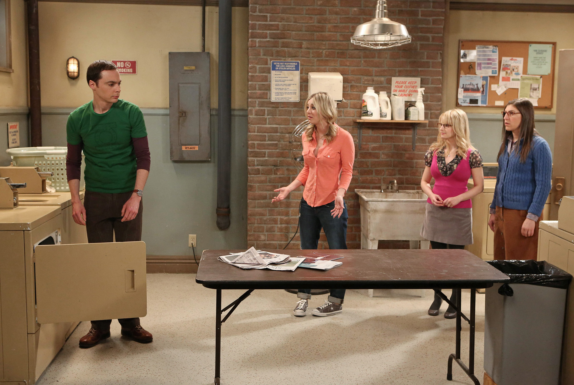 """Laundry room in """"The Closet Reconfiguration"""" Episode 19 of Season 6"""