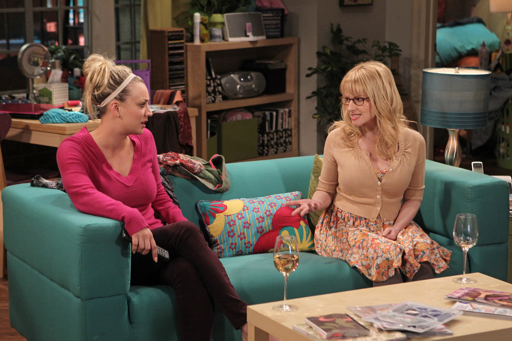 "Girl talk in ""The Closure Alternative"", Episode 21 of Season 6"