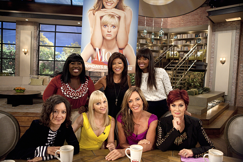 Anna Farris and Allison Janney on THE TALK