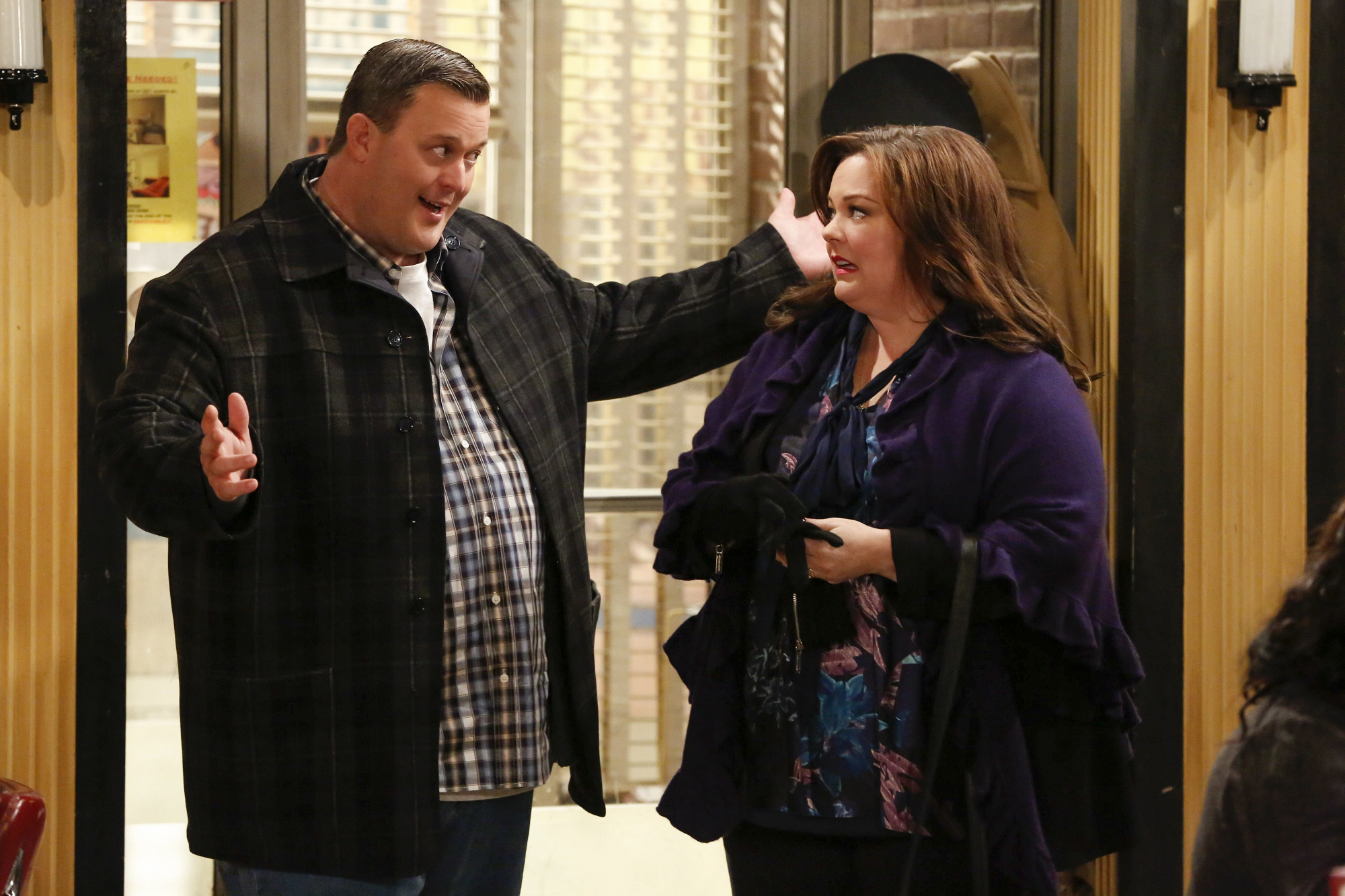 """The Biggs in """"Mike & Molly's Excellent Adventure"""" Episode 8, Season 4"""