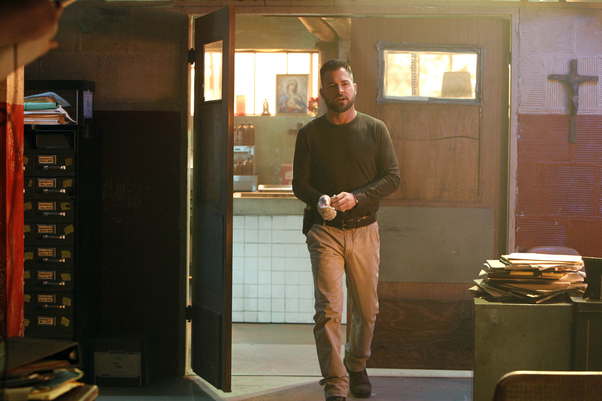 "George Eads as Nick Stokes in ""De Los Muertos"""