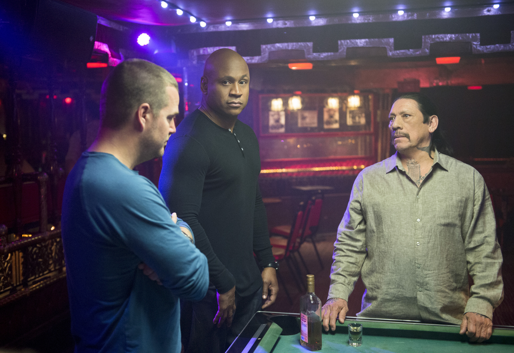 Season 5 Episode 15 Photos - NCISLA