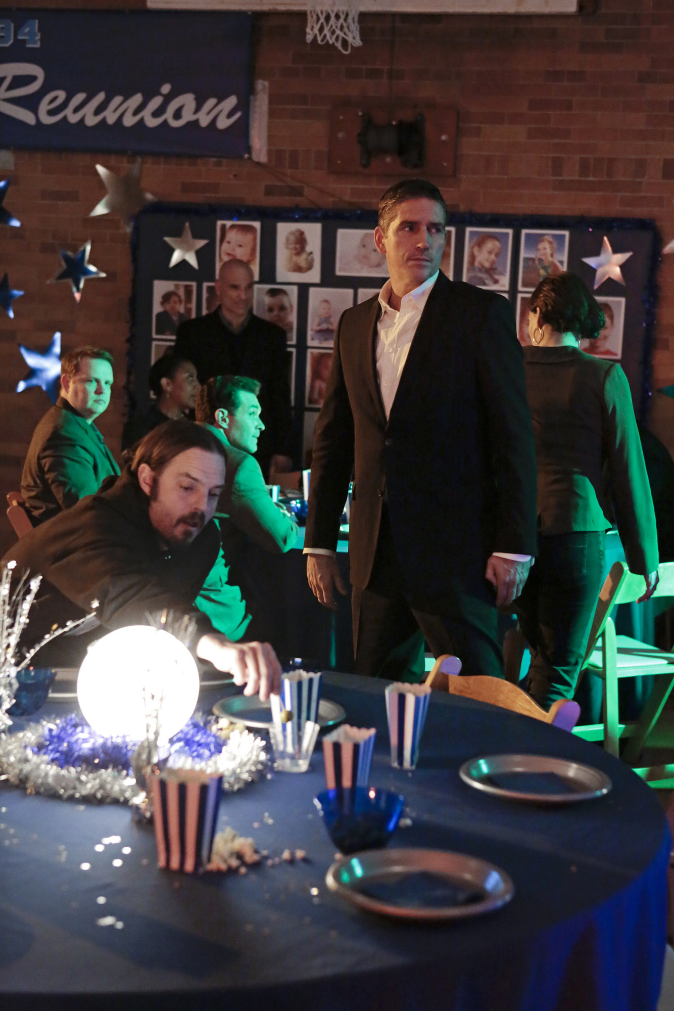 "Reese goes undercover to keep eyes on the latest POI in ""Most Likely To..."" S3E19"