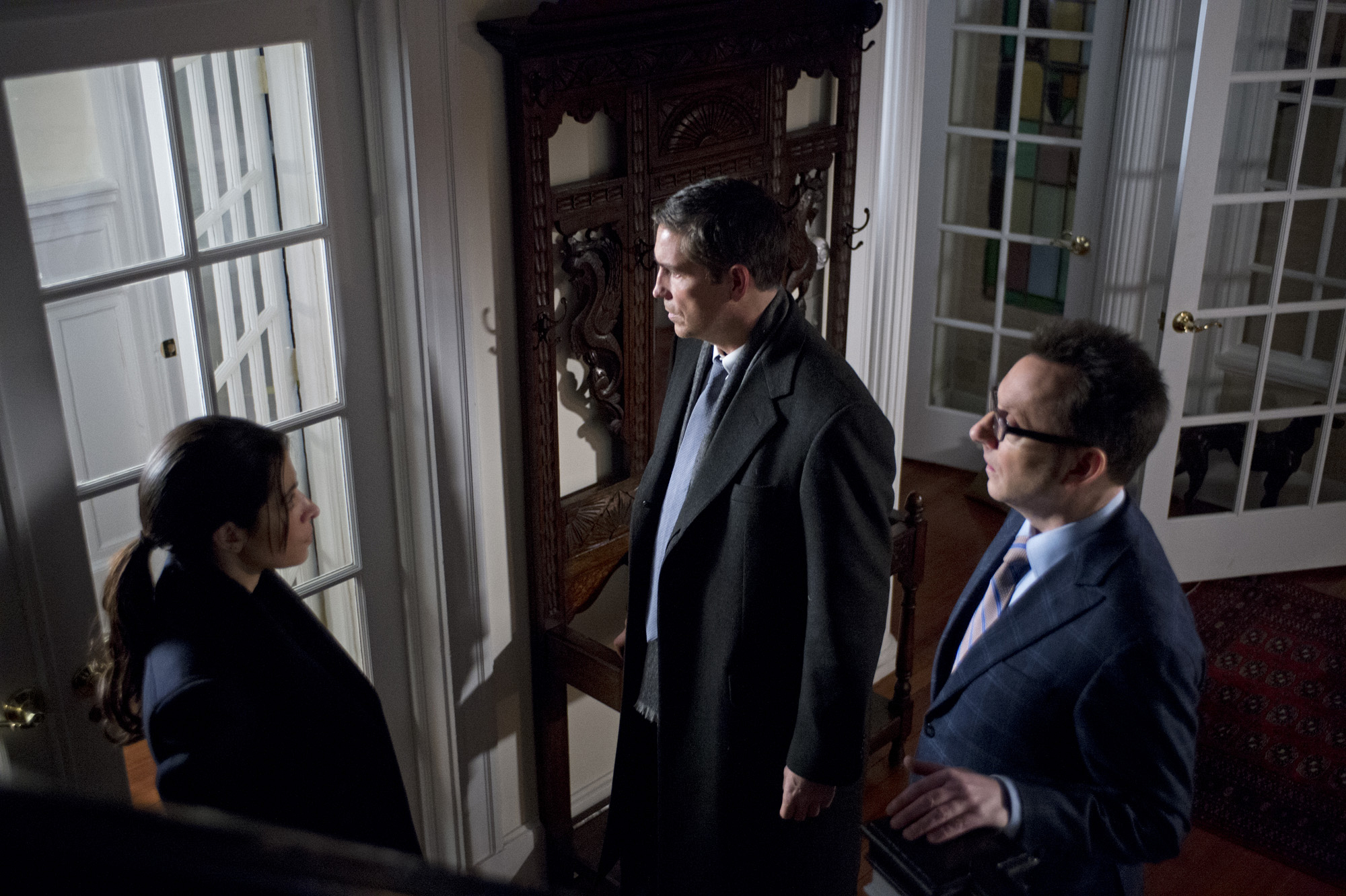 "A POI may hold the key to stop Decima's plan in ""Death Benefit"" S3E20"