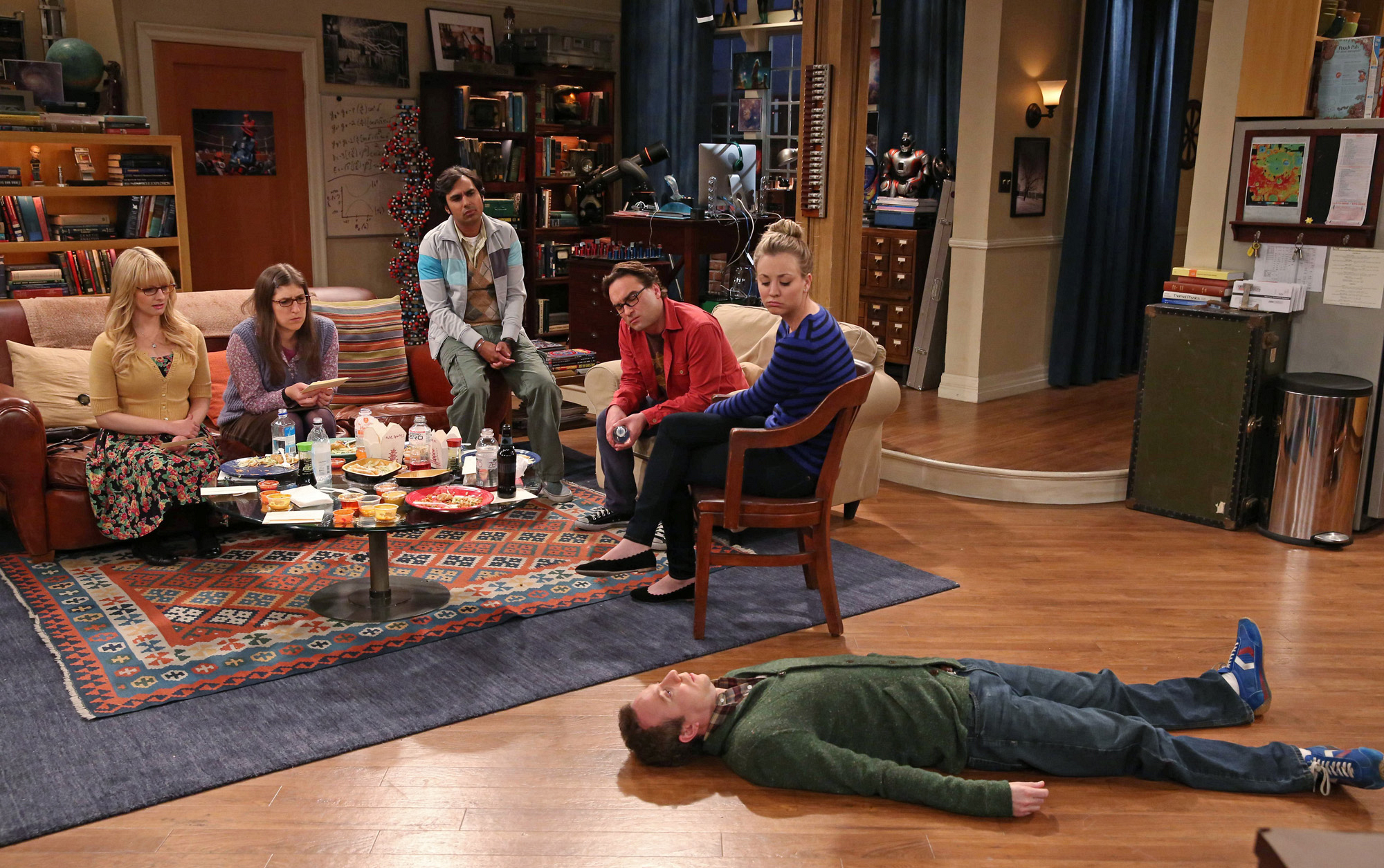 """Murder mystery game in """"The Mommy Observation"""" S7 E18"""