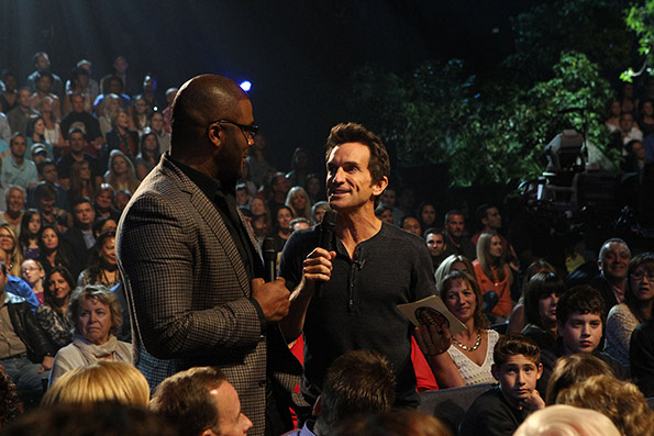 Jeff Probst Talks to Tyler Perry About the Special Immunity Idol