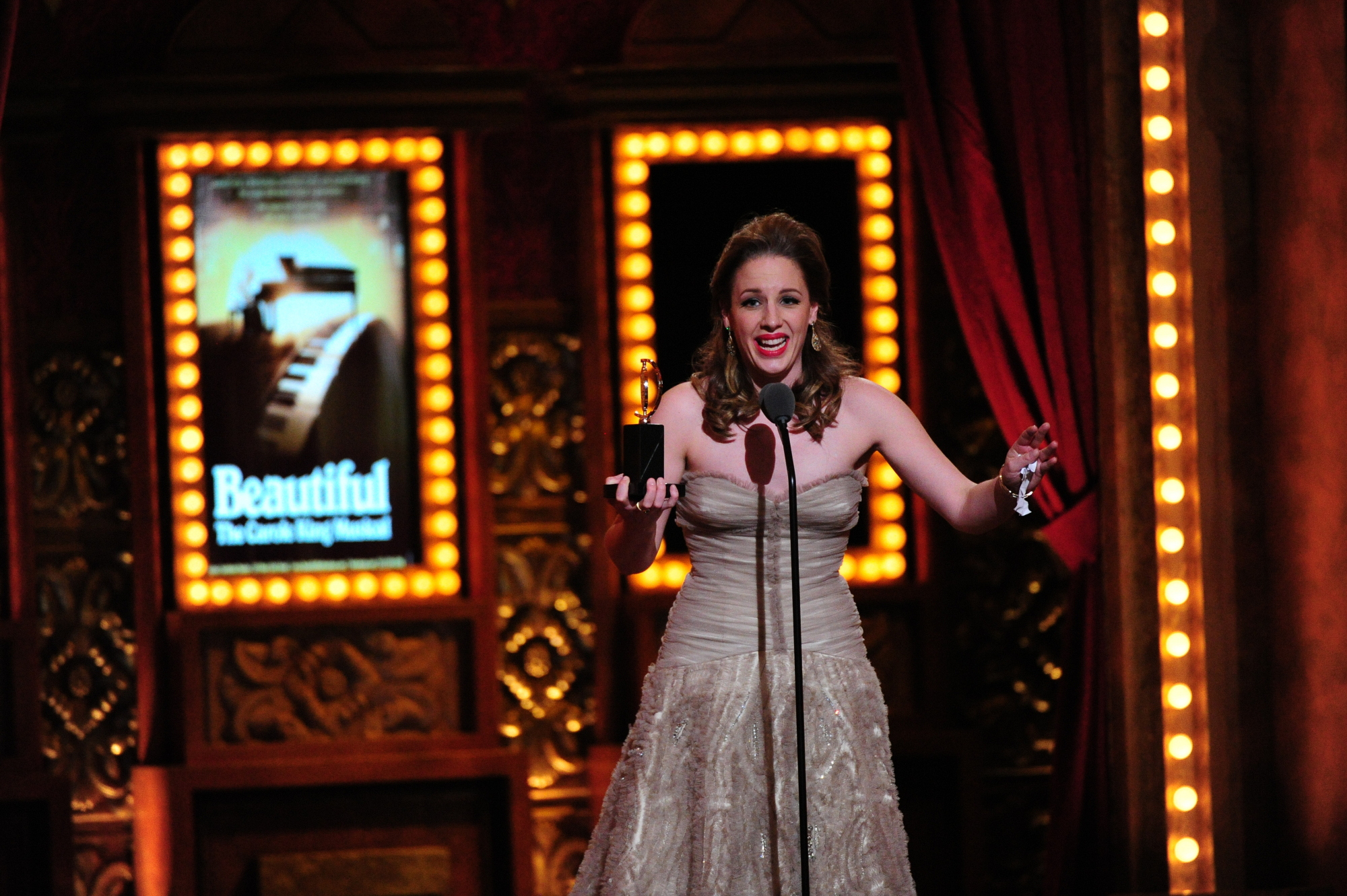 14. Jessie Mueller, Winner of Best Performance by an Actress in a Leading Role in a Musical - Tony's Unforgettable Moments
