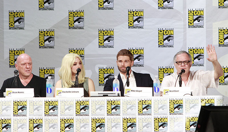 Under The Dome Comic-Con 2014 Panel