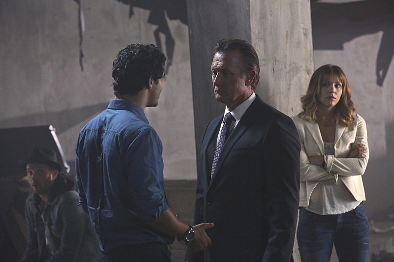 "12 Moments From ""A Cyclone"" - Scorpion S1 E3"