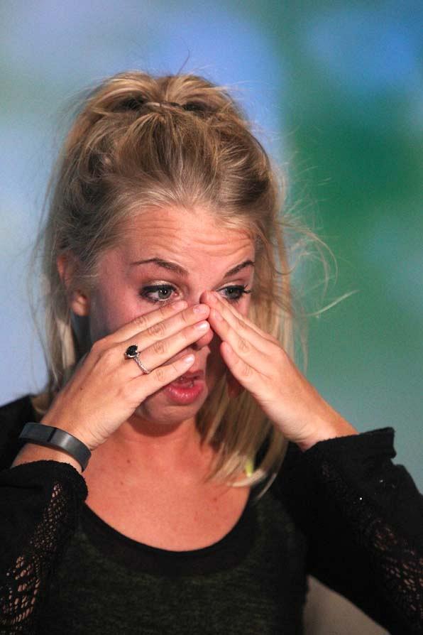 Nicole in tears