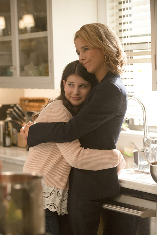 Nothing's as sweet as a mother-daughter embrace.