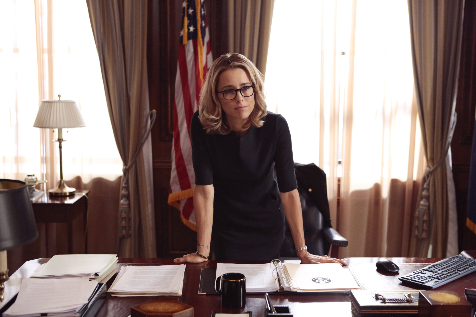 "33. Téa Leoni is well-known for her critically acclaimed TV role in the situation comedy ""The Naked Truth."""