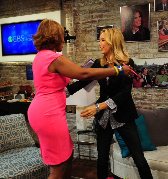 Gayle King and Téa Leoni in the Green Room