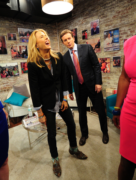 Téa Leoni and Jeff Glor