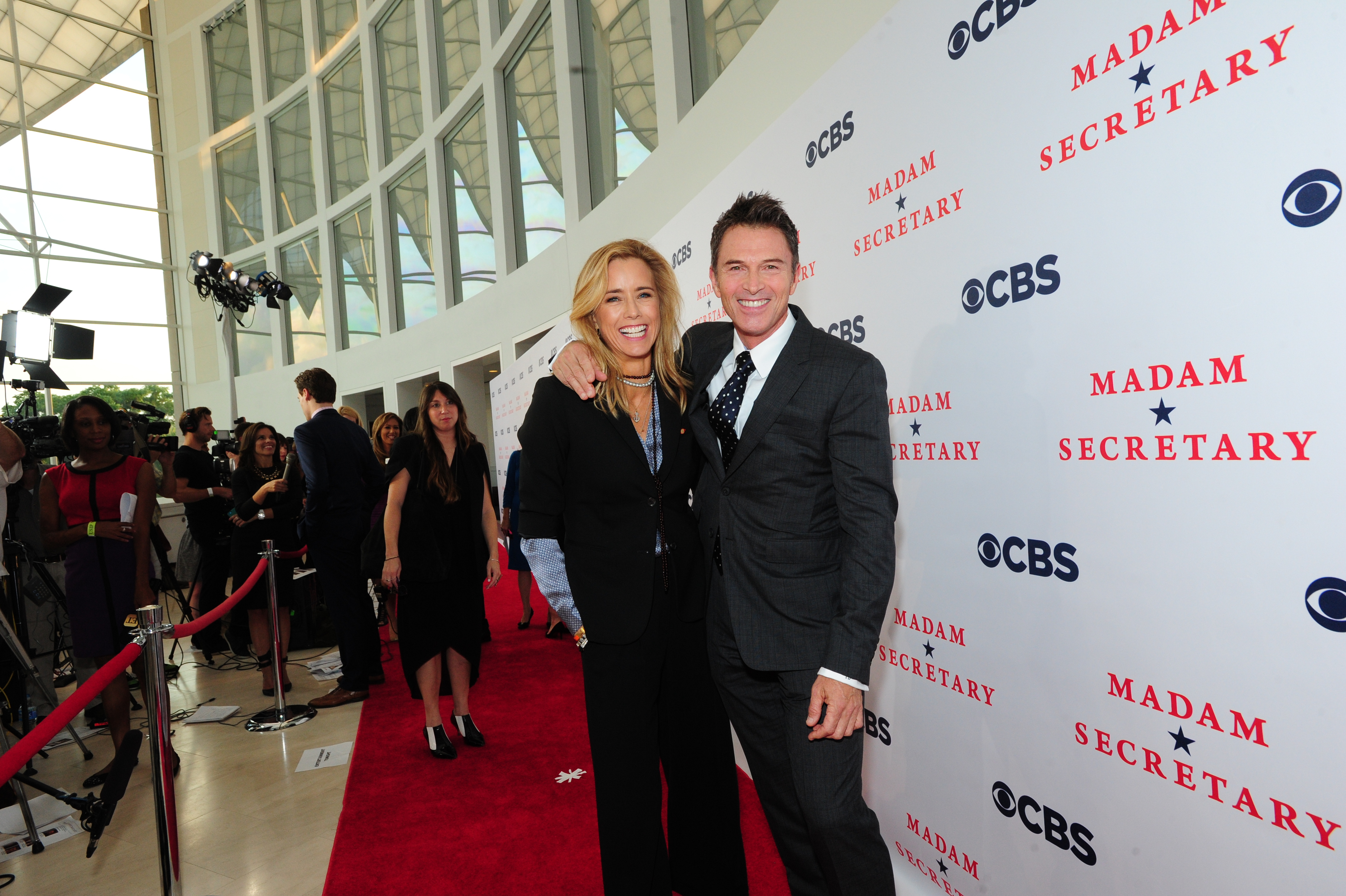 Téa Leoni and Tim Daly on the Red Carpet