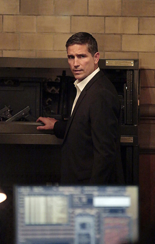 """Reese in """"Honor Among Thieves"""" S4E7"""
