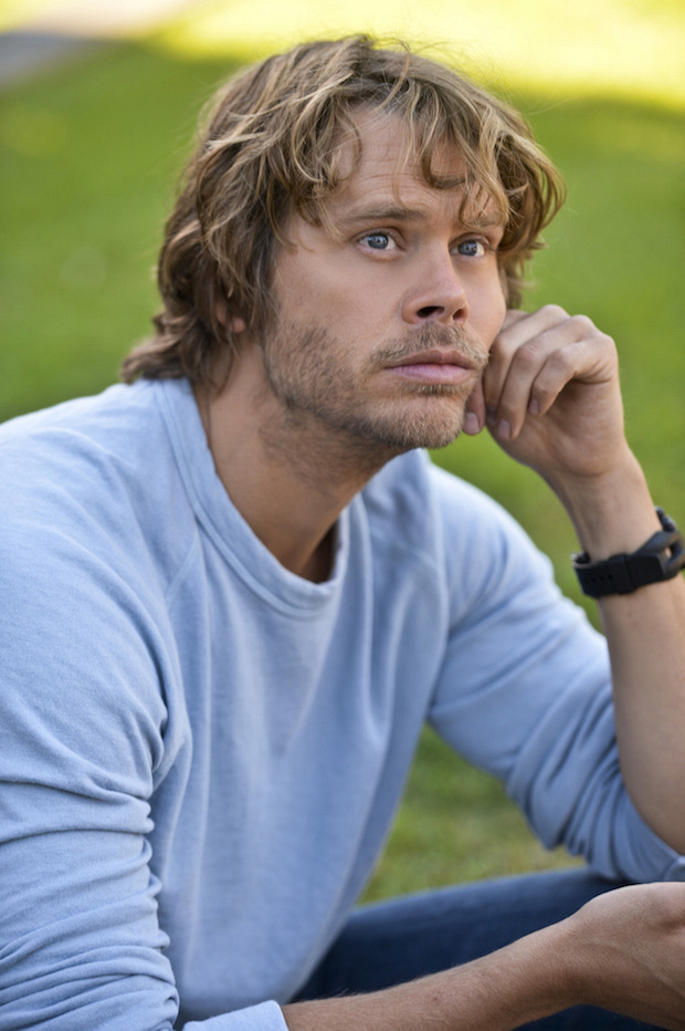 "Q: What did Deeks disguise himself as in the Season 6 episode called ""The Grey Man""?"