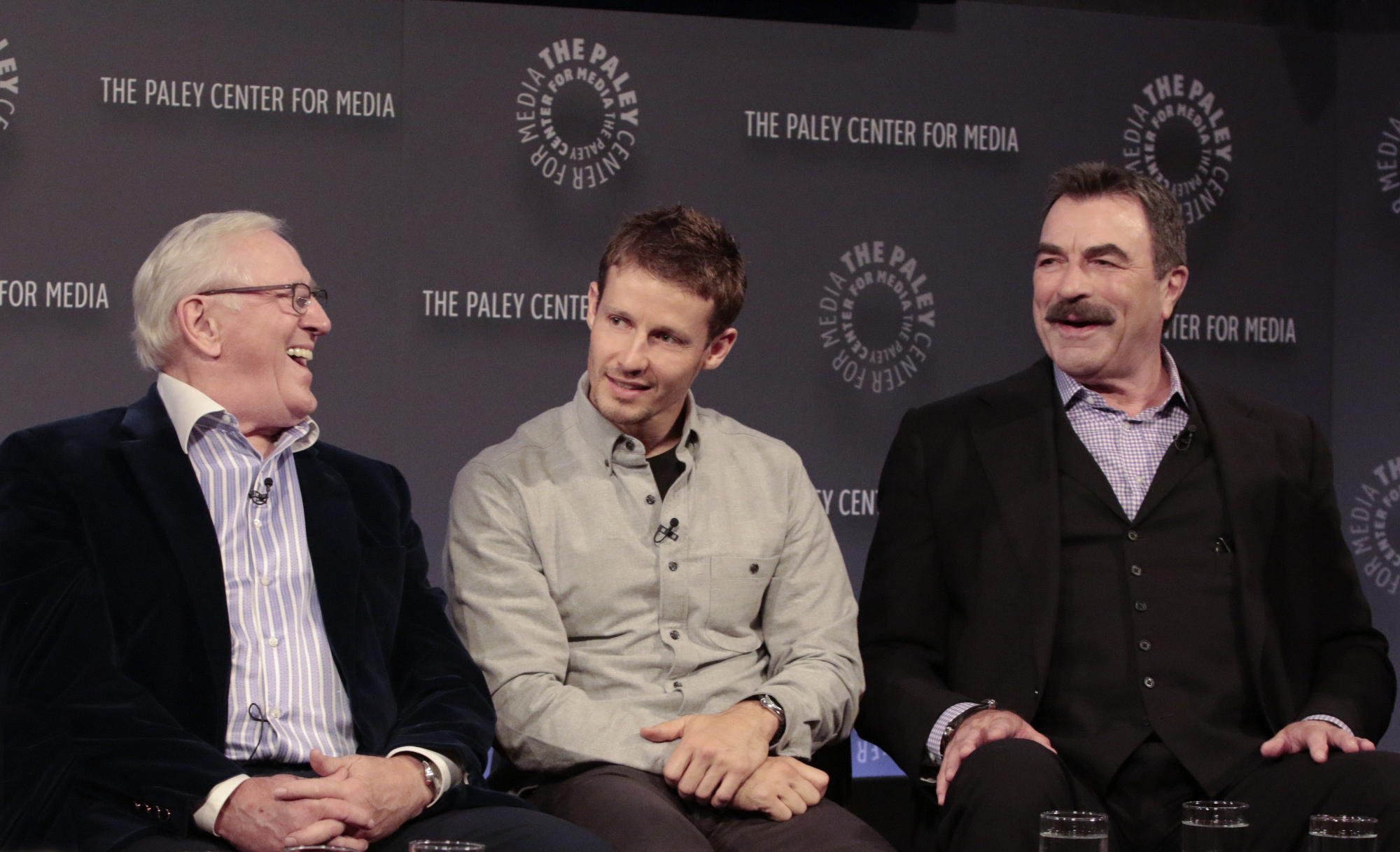 5. The cast knows how to have a good laugh together.