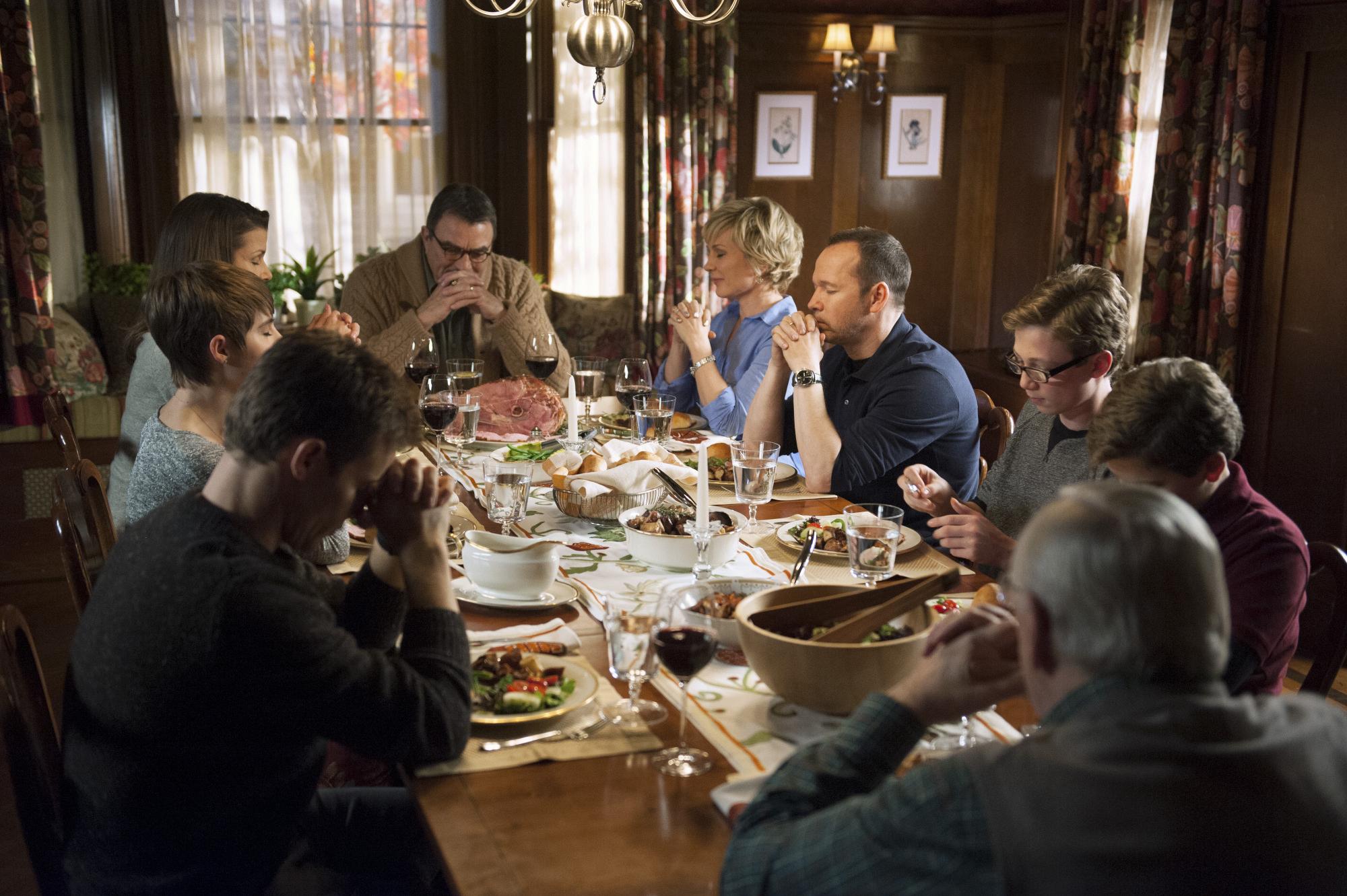 Family Dinner - S5E10
