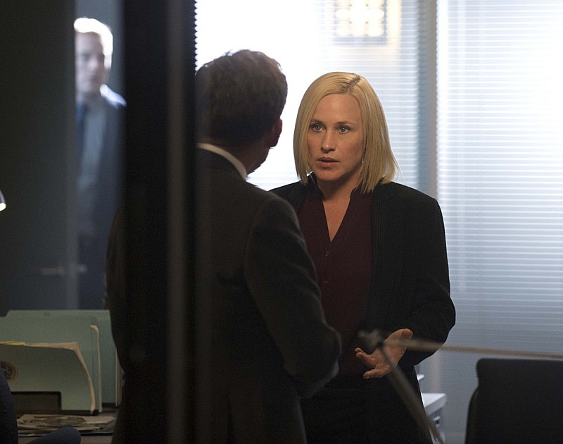 """Killer en Route"" - CSI: Cyber S1 E3"