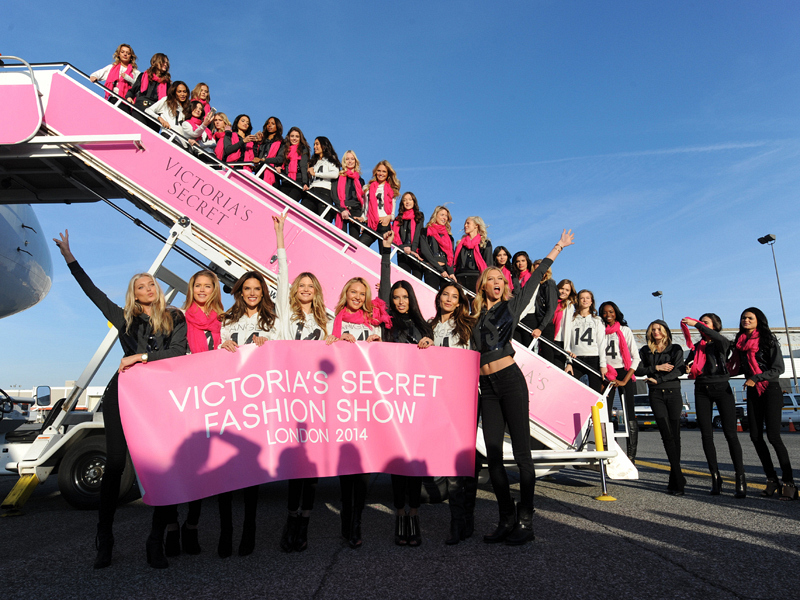 Victoria's Secret Angels head to London!