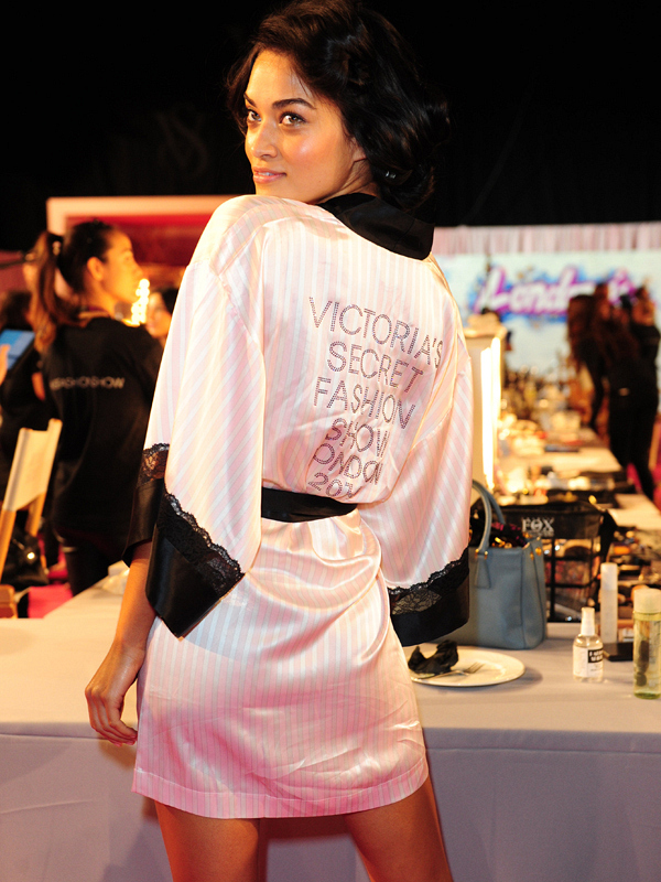 Another Fashion Show essential, the VS robe!