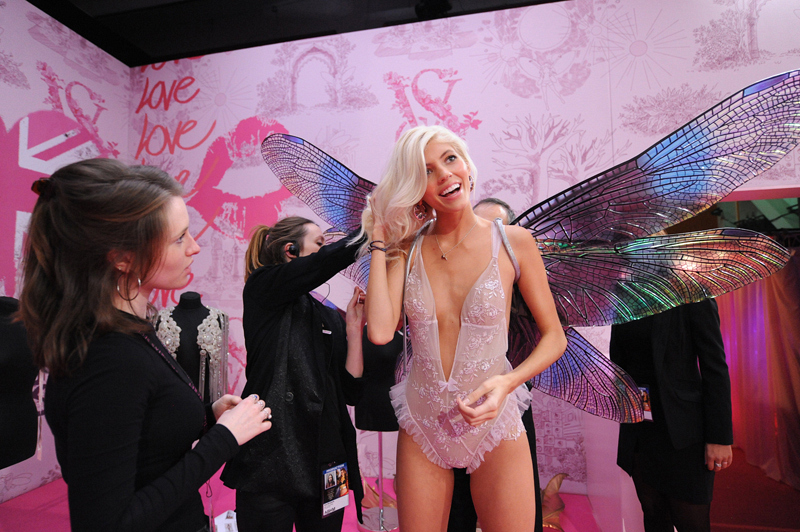 7. Devon Windsor is ready for the catwalk.