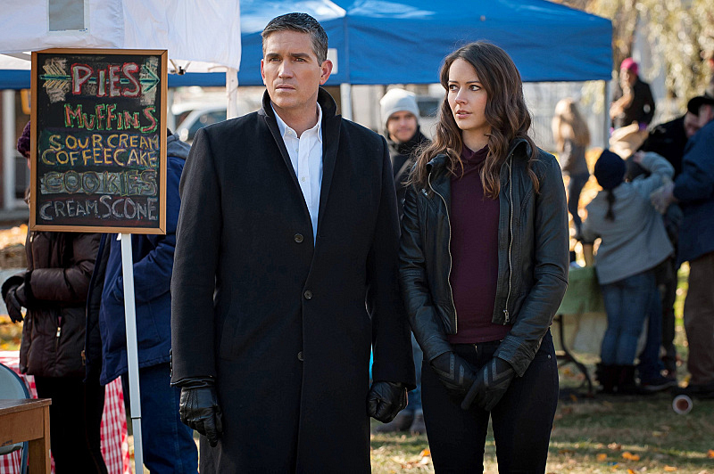 Reese and Root attend a fair.