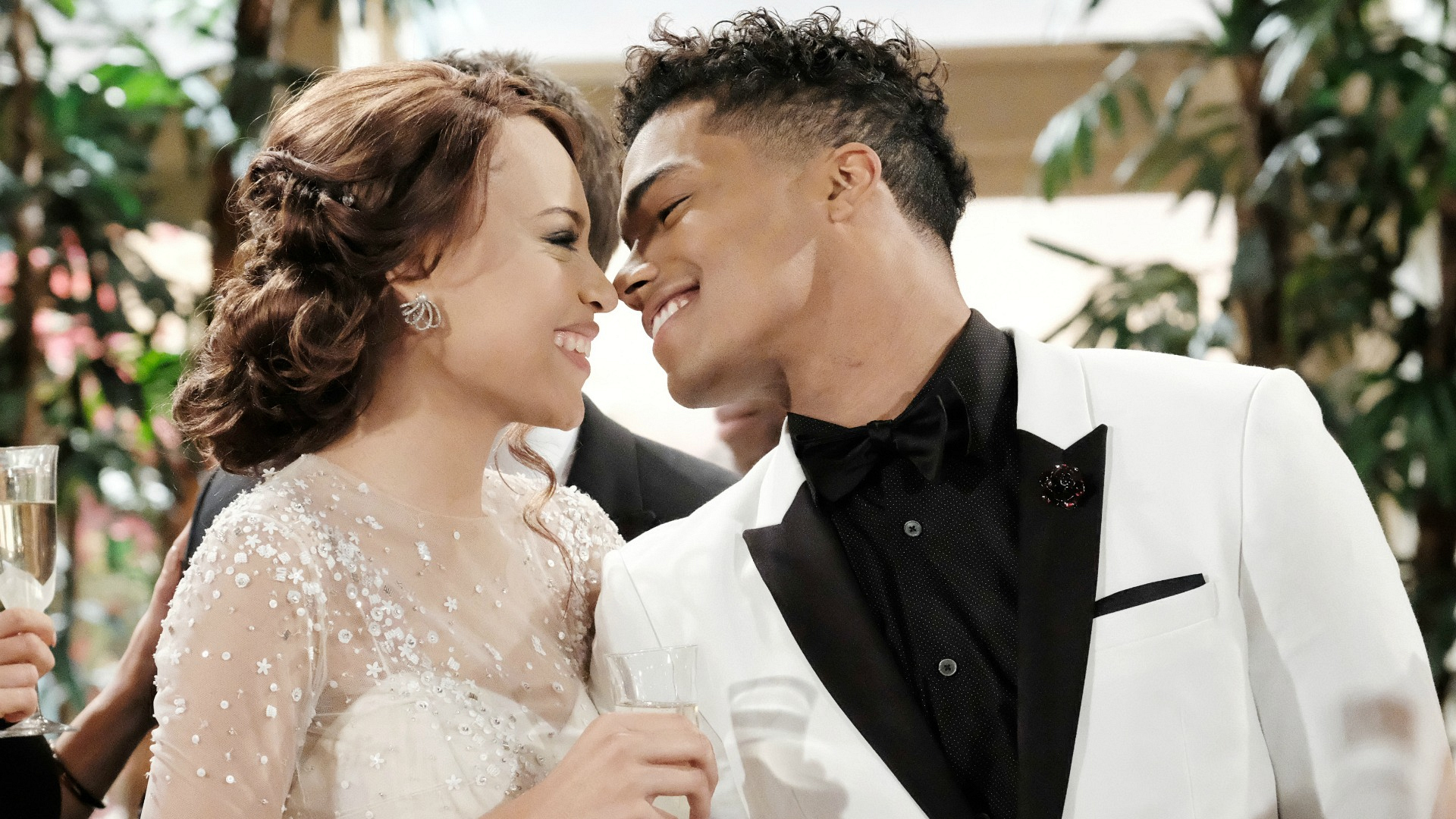 Nicole and Zende tie the knot.