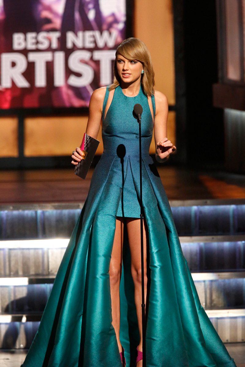 "Taylor Swift Presents ""Best New Artist"""