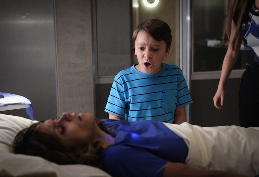 Halle Berry as Molly Woods and Pierce Gagnon as Ethan Woods.