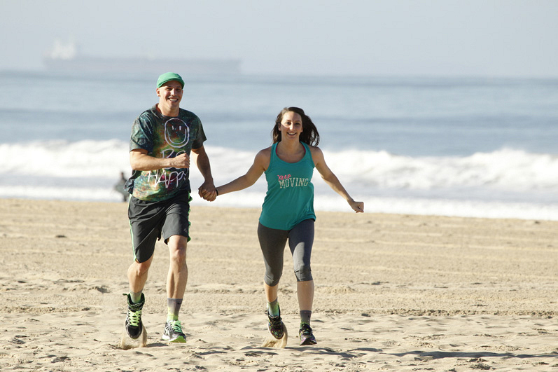#TheGreenTeam run on the beach in The Amazing Race.