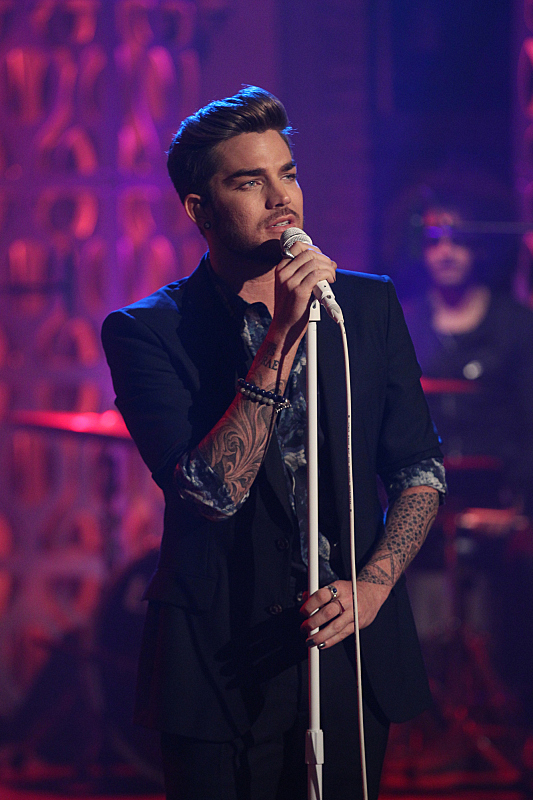 Adam Lambert sings his new single 'Ghost Town'