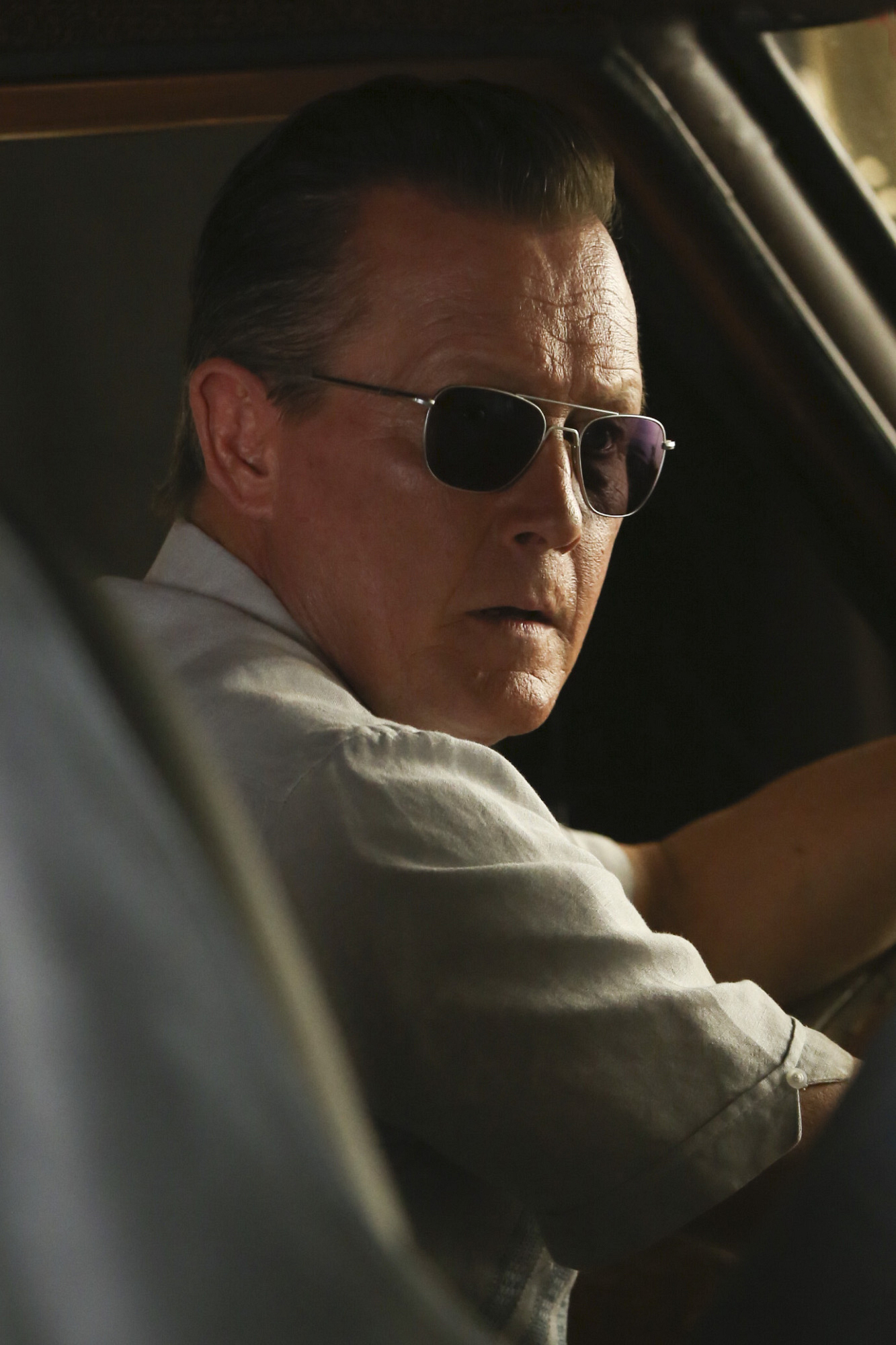 Robert Patrick as Agent Cabe Gallo