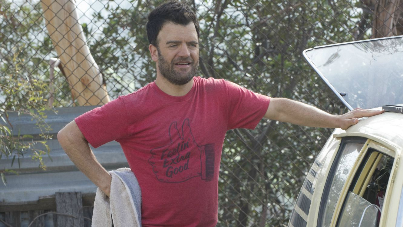 Kevin Weisman as Ray Spiewack