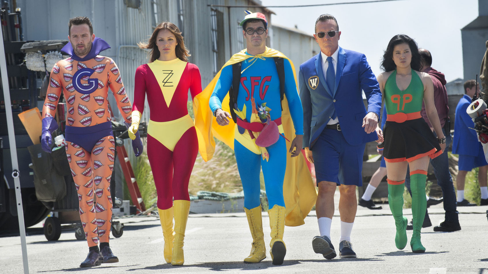 Eddie Kaye Thomas as Toby Curtis, Katharine McPhee as Paige Dineen, Elyes Gabel as Walter O'Brien, Robert Patrick as Cabe Gallo, and Jadyn Wong as Happy Quinn