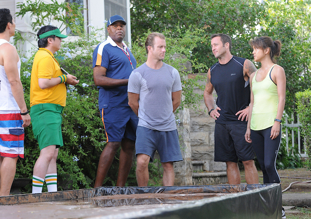 "Daniel Dae Kim as Chin Ho Kelly, Masi Oka as Dr. Max Bergman and Chi McBride as Captain Lou Grover, Scott Caan as Danny ""Danno"" Williams, Alex O'Loughlin as Steve McGarrett, and Grace Park as Kono Kalakaua"