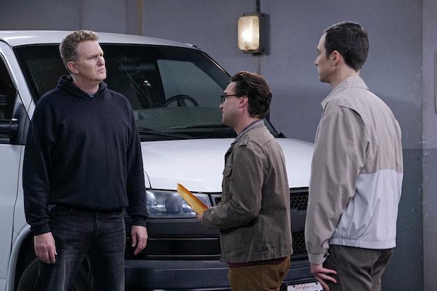 Leonard and Sheldon take a trip to the black market